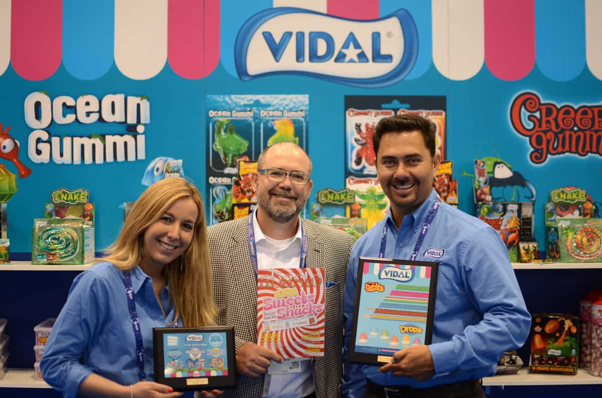 Rebecca Weber from Vidal Candies with Dan Calhoun, publisher for Abasto