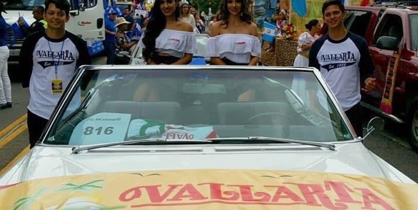 Vallarta desfile centroamericano