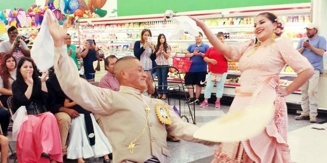 fiesta-mart-03-mes de la herencia hispana-hispanic heritage month