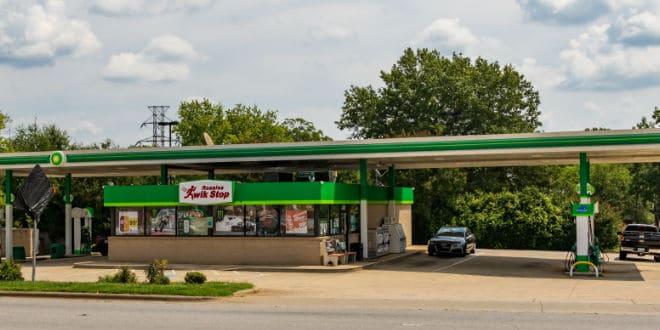 convenience store operators - operadores de tiendas de conveniencia