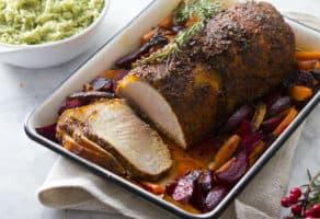 Lomo de cerdo colorado con olor a Navidad