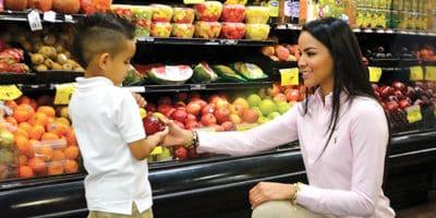 Las claves del éxito de Relinda Vásquez como dueña de un Supermercado Bravo